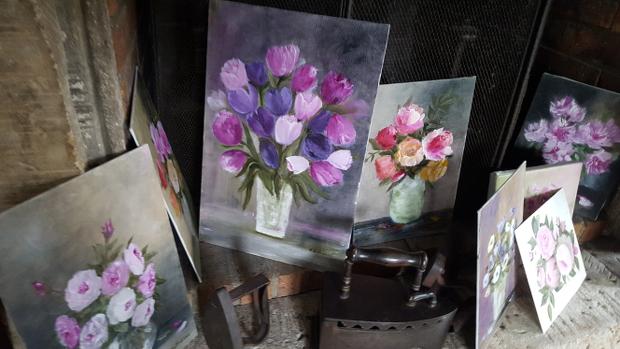 Véronique, la peinture florale rend l'éphémère éternel